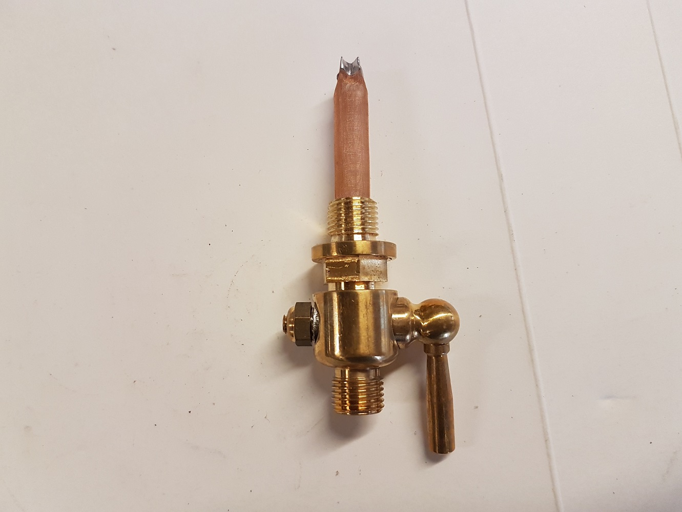A 2-3 Petrol tap - Round brass lever type - UK Made SMALL.jpg