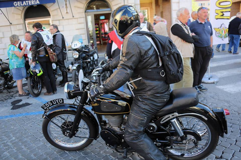 Moto Giro D'Italia - Velocette on Tour